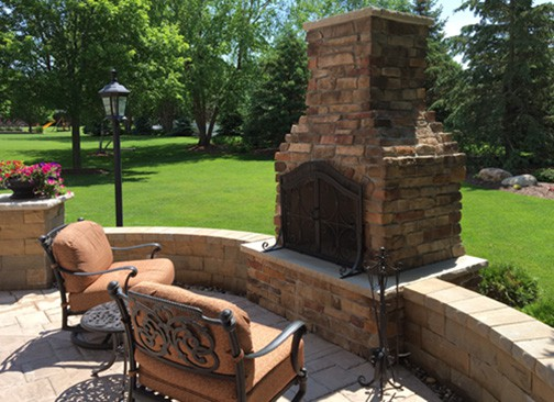 Contractor Series fireplace in Minnesota